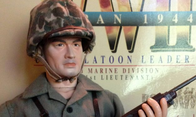"Dragon ""Lt. Andy Carlson"" – WW2 USMC Platoon Leader [Review]"