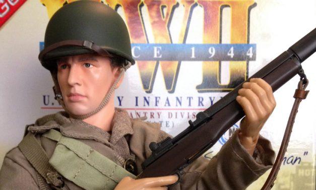 """Dragon """"Steve Hartman"""" – WW2 U.S. Army Infantryman [Review]"""