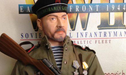 "Dragon ""Fyodor Antonovich Nikitin"" – WW2 Soviet Naval Infantryman [Review]"