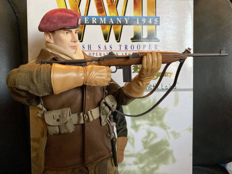aiming carbine